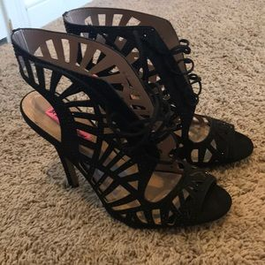 Betsy Johnson Glitz Black Heels